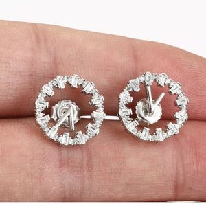 🆕 Sterling Silver Topaz Clock Earrings